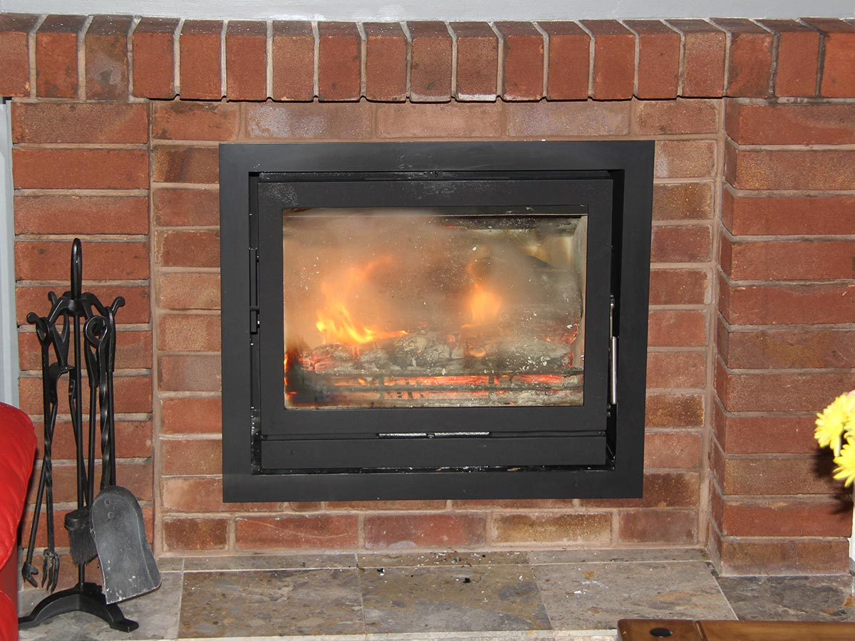 Fireline FPi8, Inset Multifuel Stove, wood burning stove, fireplace installation, stove installation, chimney sweep, https://fireplace-installation.co.uk